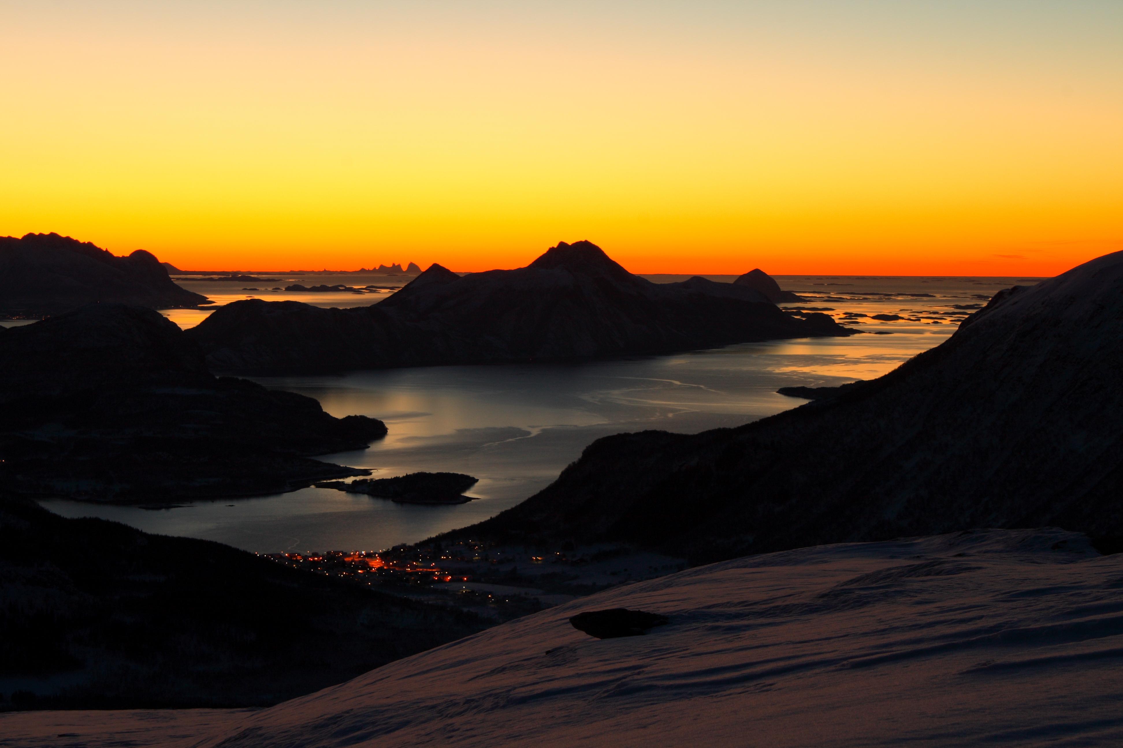 Solnedgang, Meløy