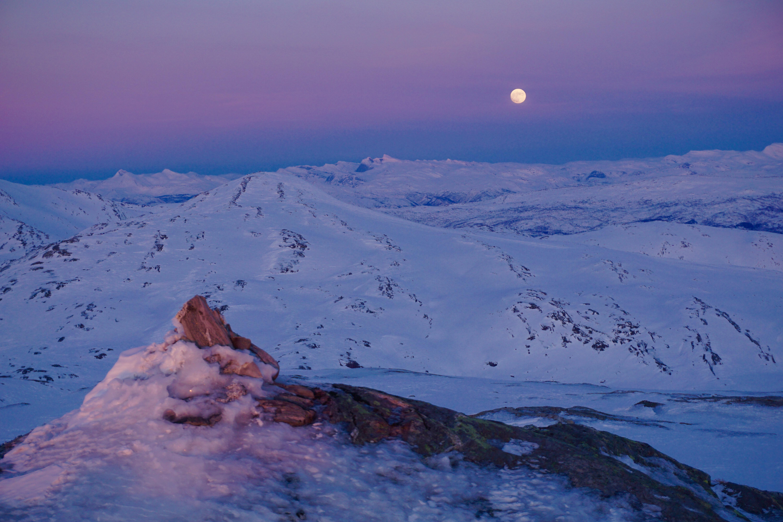 Måneoppgang, Kistrandtinden